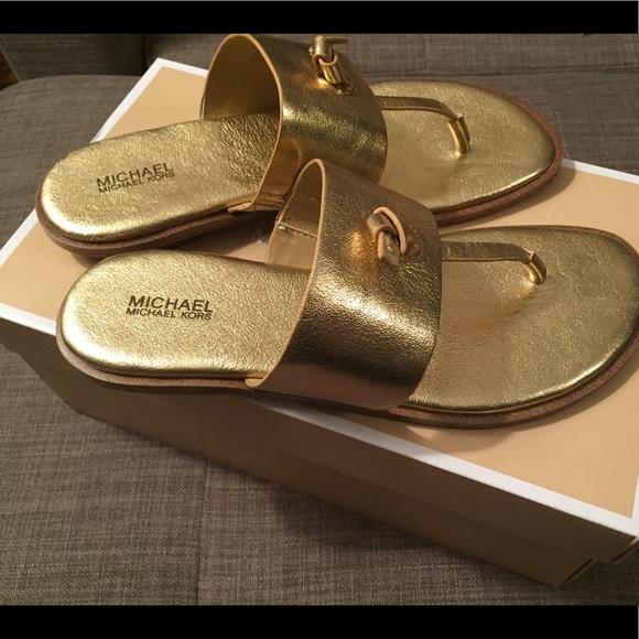 7139e852494 Michael Kors Cindy sandal
