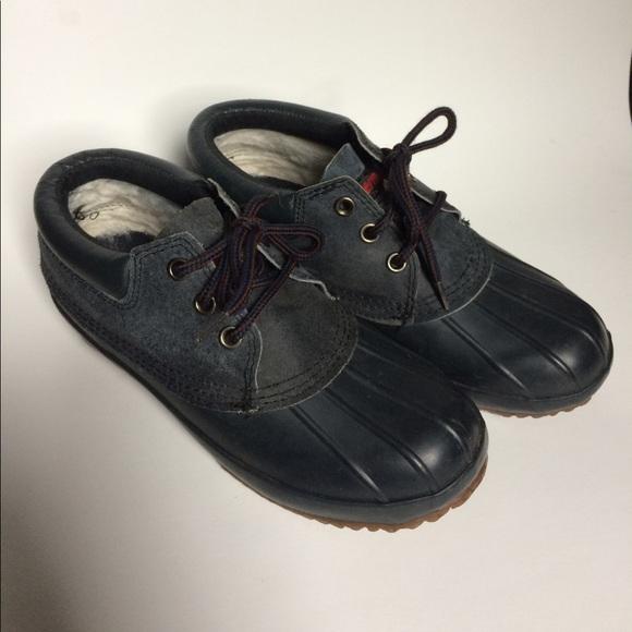 b33e61ff44ae SALE! Navy Thermolite Cudas Duck shoes. M 59ab2911a88e7de61102db11