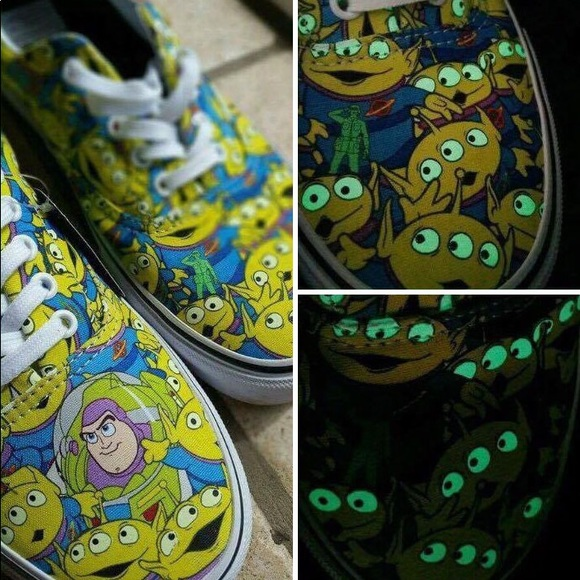 Vans Disney Toy Story alien shoes NWT