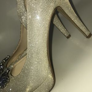 Shoes - Gold and Silver, Nude Open Toed Pumps Size 6