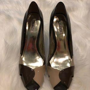 Alfani Two Tone Brown Sandals