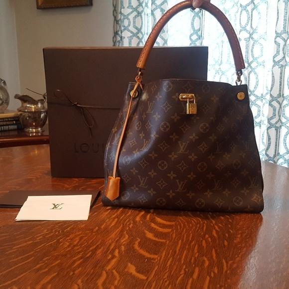 Louis Vuitton Handbags - LOUIS VUITTON Monogram Gaia Noir Black 67535ae99e244