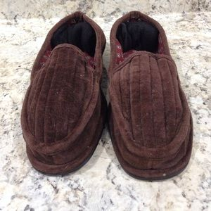 2/$10 Men Comfort Slippers