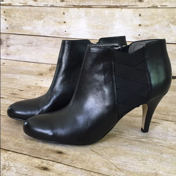 Adrienne Vittadini Ankle booties toulah leather 9