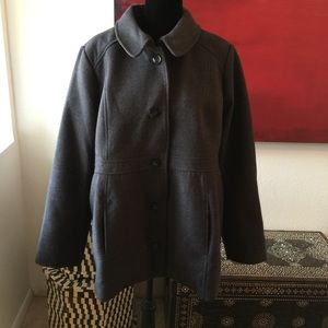 Beautiful maternity pea coat
