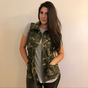 Jackets & Blazers - •LAST ONE• Coco Olive Camo Hooded Utility Vest