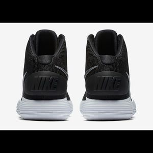 Nike Shoes - New Nike Hyperdunk 2017 tb men s basketball shoes cc0ef91f340