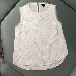 MOSSIMO IVORY LACE LINED SLEEVLESS TOP