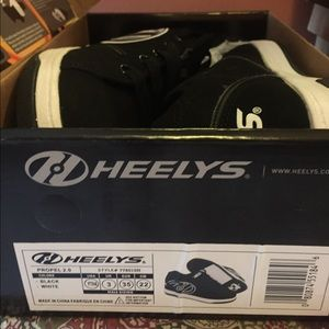 Boys heelys sneakers