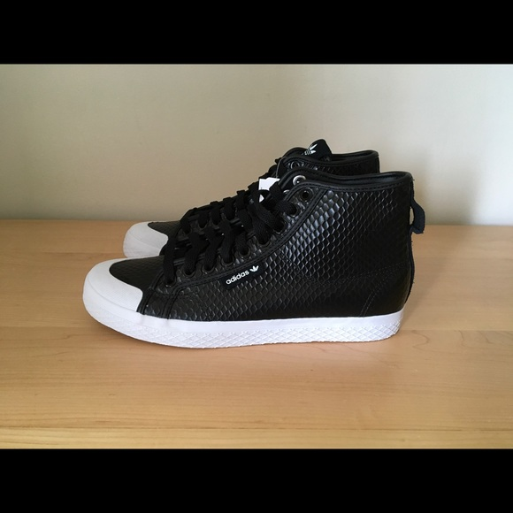 adidas Originals Women's Honey Mid W Leather Sneakers