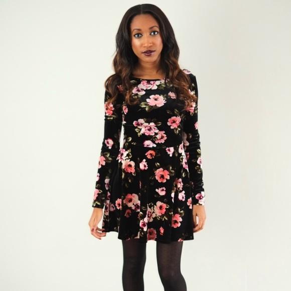 e7b8894138c Bethany Mota Dresses & Skirts - Aeropostale Velvet Floral Dress Long Sleeves