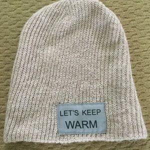 ZARA Let's Keep Warm beanie❄️❄️❄️