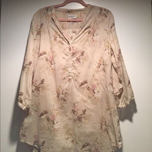 Beautiful Ralph Lauren floral tunic