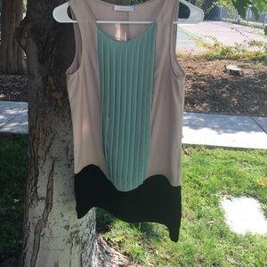 LUSH size S cute color block dress SALE 💫