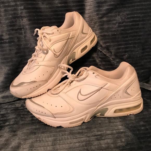 san francisco 23070 cba62 Nike Air Max Health Walker Sneakers. M 59ac2b8656b2d6fc1d061e95