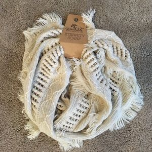 NWT Eternity Scarf