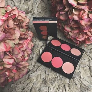 Smashbox L.A lights blush and highlight palette