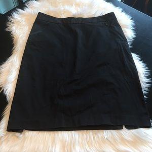 Black NY&CO pencil skirt with pockets, size 8