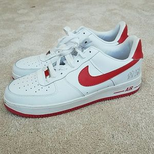 Nike Shoes - Nike Air force white and red cooper Malone natt 4bef772cb