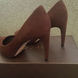 AUTHENTIC Gucci heels brown suede  37.5