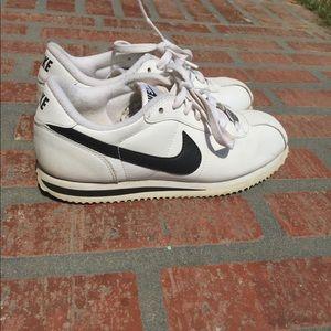 7c2cb1d47b8b Nike Shoes - 🌼 SOLD ON DEPOP 🌼