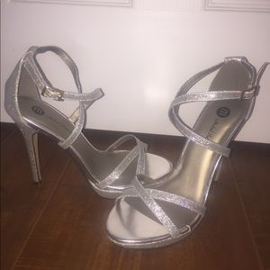 Michael Antonio Sparkle covered high heels!