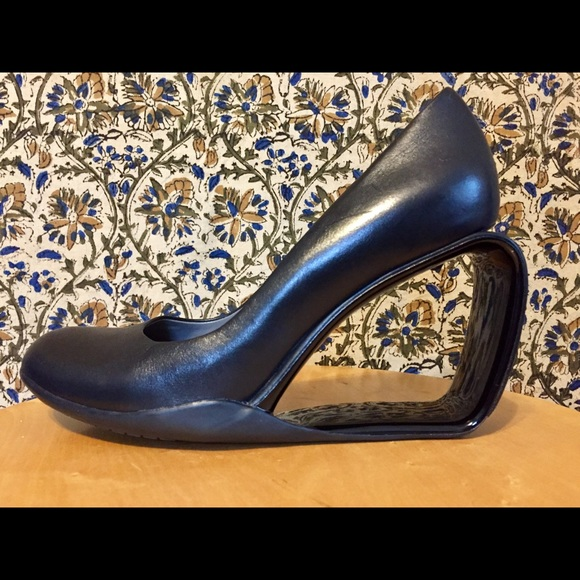United Nude Shoes - United Nude black leather heels