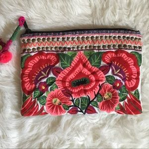 SALE! ASOS 🌸Bright Embroidered Foral Clutch 🌺👛