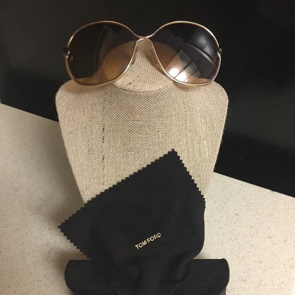 4ac6c73d678a Tom Ford Leila Sunglasses. M 59ac87f741b4e0909a082c7b. Other Accessories ...