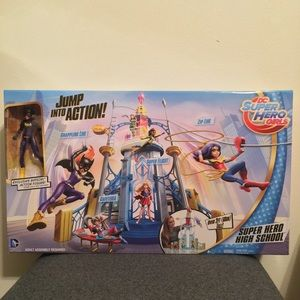 Other - New Super Hero Girls Action Tower