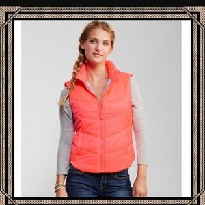 BNWT. Aeropostale Neon Coral Vest! Warm and Cute!