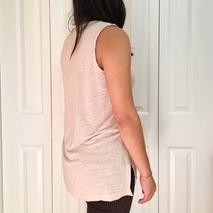 Banana Republic Tops - Banana Republic V-Neck Sleeveless Tank