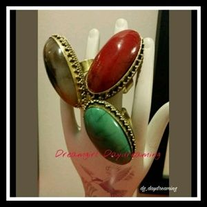 Jewelry - Adjustable ring - Brown, Red or Green