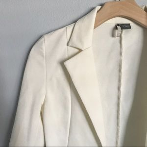 SPARKLE & FADE Ivory Open Blazer with pockets
