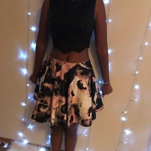 Dresses & Skirts - 2 piece set size 9