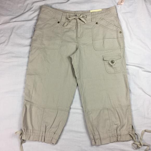 c6ca75126a Dress Barn Pants   Dressbarn Beige Cotton Drawstring Capri   Poshmark