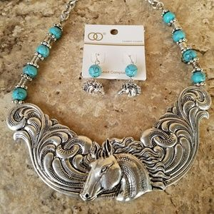 Jewelry - Western Horse Necklace and Earring Set New