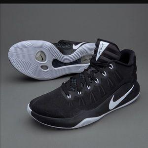 b992857dfe4d ... promo code for nike hyperdunk 2016 low basketball shoes 3f15c a6da1