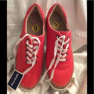 Ugg Eyan II Canvas Shoes