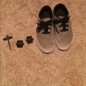 Youth heelys size 6