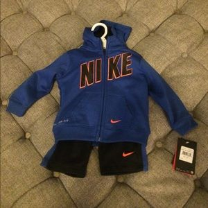 Nike Matching Sets - Nike two piece toddler hoodie and sweats