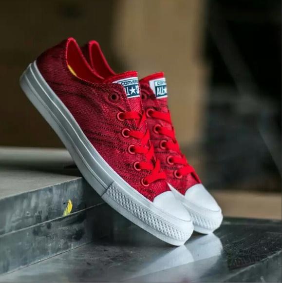 28f1949296bf NWT Converse Chuck II 2 Red Low Top w  Lunarlon