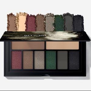 Smashbox Covershot Eyeshadow Palette in Smokey