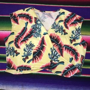 Vtg 70's Tropical Banana Palm Tie Front Crop Top