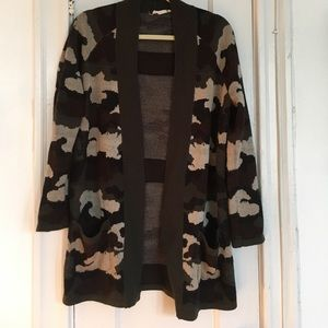 Willow & Clay cardigan camouflage camo S/M