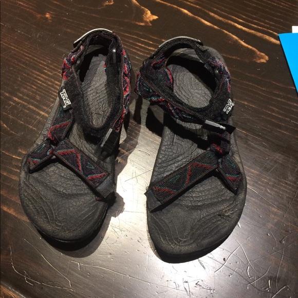9e6e303de59 Teva terradactyl sandals. M 59ad5b80f739bc94be00debd