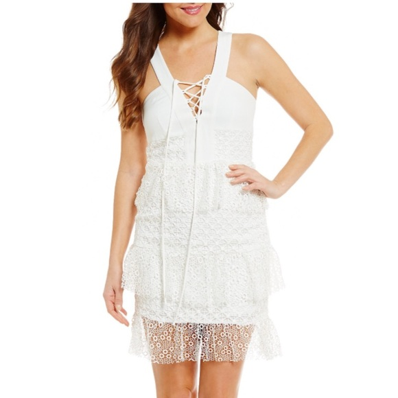 8cfdebbfa31 Gianni Bini white dress