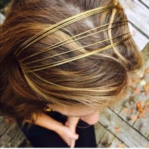 Claire's Headband in Gold