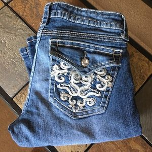 Embellished pocket jeans
