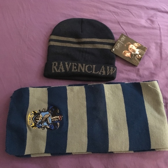 9386b29add4 Harry Potter Ravenclaw hat and scarf